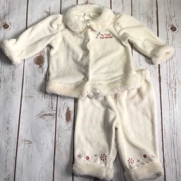 195be185d First Moments Layette Matching Sets